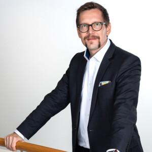 Heikki Holopaisen mukaan lukuvuosimaksut eivät vähentäneet Suomen houkuttelevuutta opiskelijoiden keskuudessa.